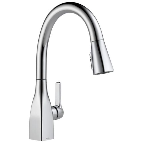 Delta Mateo Pull-Down Kitchen Faucet in Chrome - 9183-DST