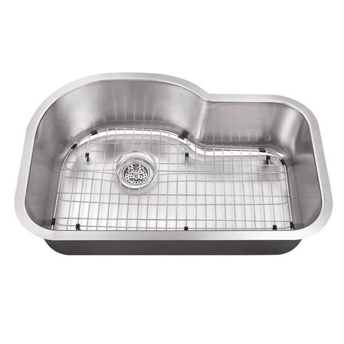 """31.5"""" Single-Basin Undermount Kitchen Sink in Brushed Stainless Steel (31.5"""" x 21.12"""" x 9"""")"""