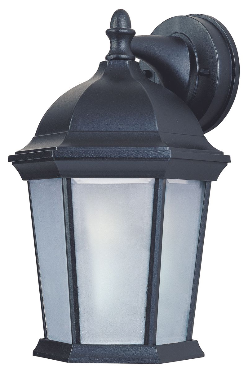 "Builder Cast E26 8"" 1-Light Outdoor Sconce - Black"