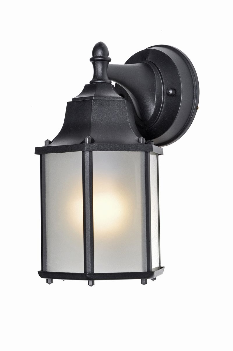 "Builder Cast E26 5.5"" 1-Light Outdoor Sconce - Black"