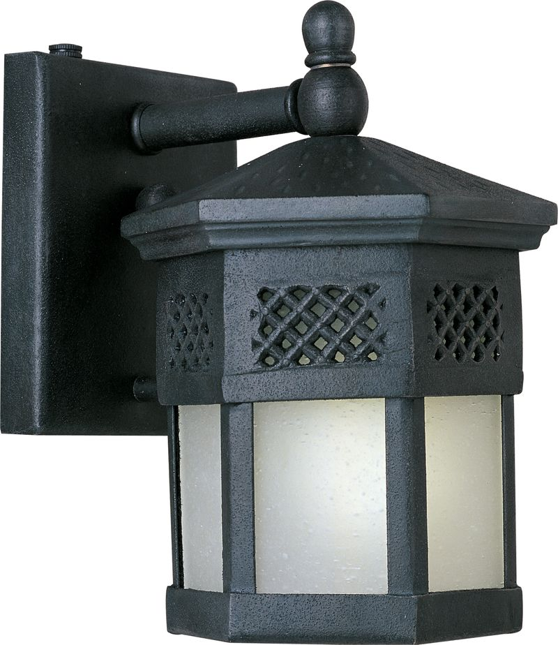 """Scottsdale E26 6"""" 1-Light Outdoor Sconce - Country Forge"""